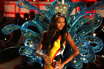 Lais Ribero The 2010 Victoria's Secret Fashion Show in New York