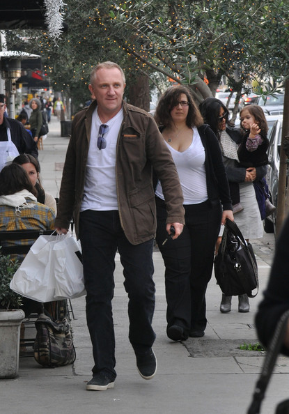 salma hayek husband and daughter. Salma Hayek leaves #39;Joan#39;s on