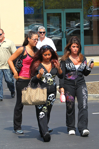 Snooki and the Rest of the Jersey Shore Crew get Together