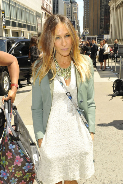 Sarah Jessica Parker Dresses Up In Nyc