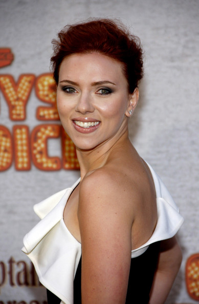 "Scarlett Johansson Scarlett Johansson looking stunning in a a ruffled one shouldered dress at the Spike TV's 5th Annual 2011 ""Guys Choice"" Awards held at the Sony Pictures Studios, Los Angeles. The actress, who was presenting the awards, is currently filming ""The Avengers"" in New Mexico.  Scarlett Johansson is an active promoter for the Democratic party and has been involved in several political and social campaigns."