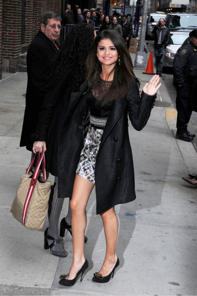 "Selena Gomez Selena Gomez gives a wave to fans and photographers as she arrives at the Ed Sullivan Theatre to tape an appearance on ""The Late Show with David Letterman""."