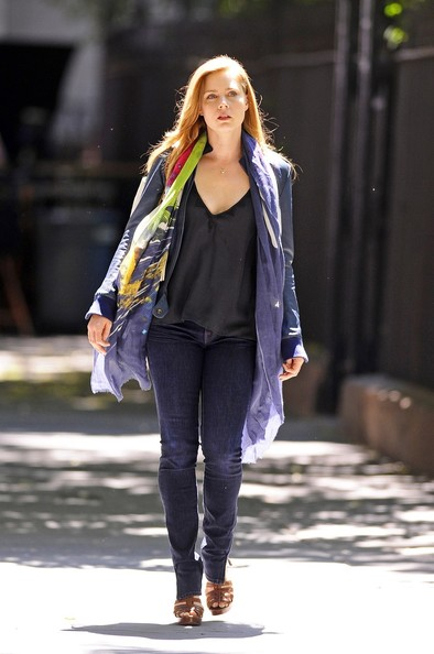Sexy actress Amy Adams seen getting into character on the set of her new film 'Lullaby' while filming in New York.
