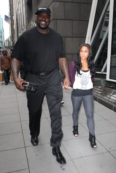shaq dating rocsi Shaquille o'neal maybe done with hoopz this time for good and now set his eyes on rocsi diaz shaq and the tv personality were spotted at a private super bowl party in new orleans on sunday.