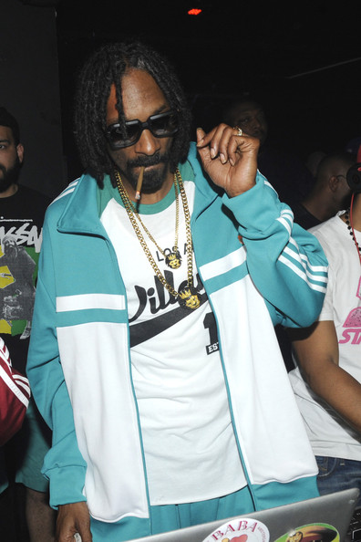 Snoop Dogg - Snoop Lion and singer Luigiano Paals present at Club Air in their single 'Girls Girls Girls' in Amsterdam