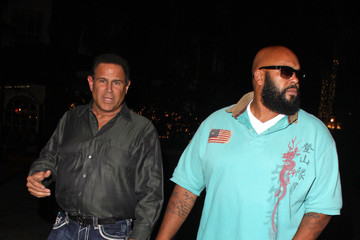 Suge Knight Keith Middlebrook and Suge Knight at the Four Seasons