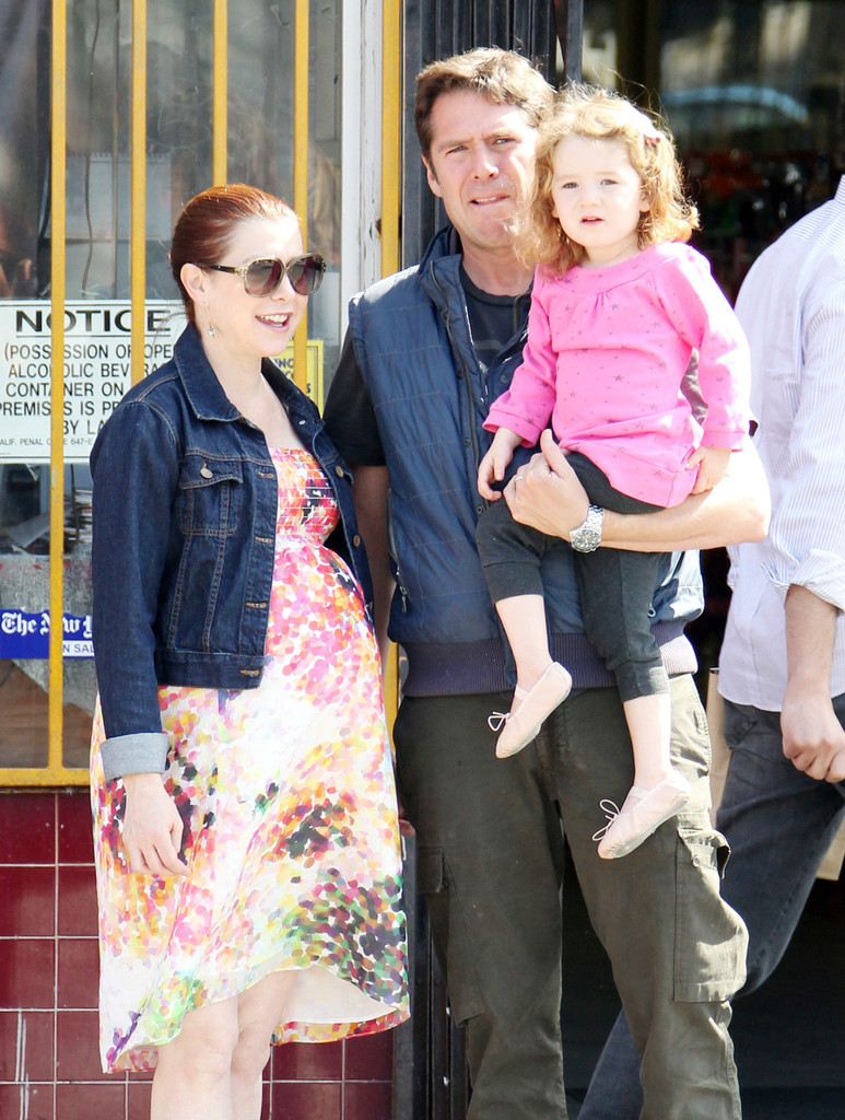 Caroline Aherne and Alexis Denisof - Dating Gossip News Photos