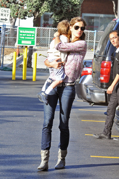 gisele bundchen tom brady and son. Gisele Bundchen and Her Son in
