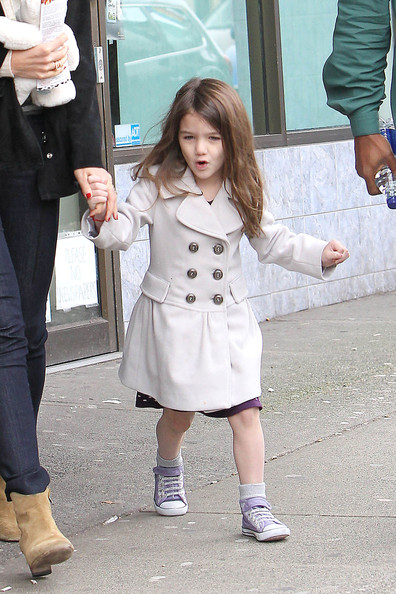 suri cruise pacifier. suri cruise pacifier. Katie Holmes and Suri in; Katie Holmes and Suri in