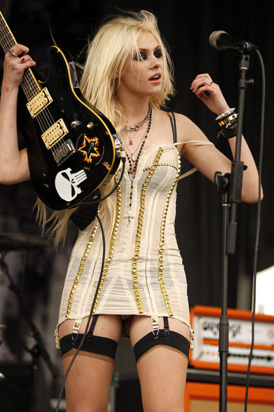 taylor the pretty reckless