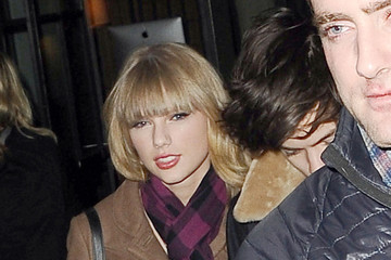 Taylor Swift Harry Styles Harry Styles Heads Out in NYC