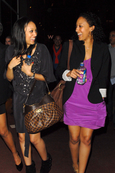 tia mowry and tamera mowry. Tia Mowry and Tamara Mowry