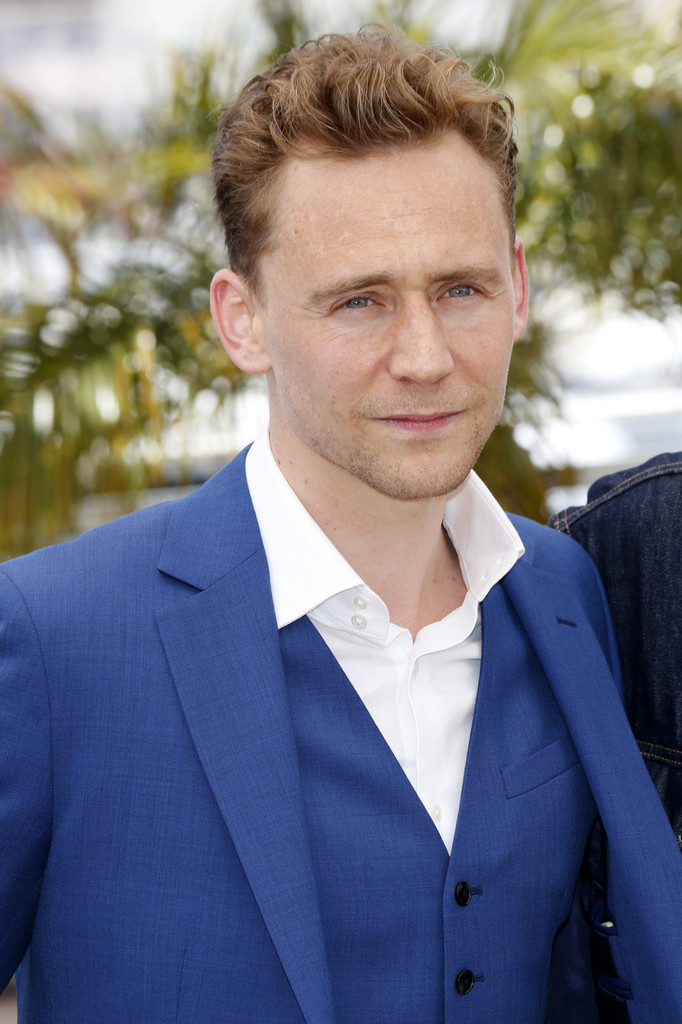 http://www3.pictures.zimbio.com/pc/Tom+Hiddleston+Only+Lovers+Left+Alive+Photo+y_CngZ5g3SKx.jpg