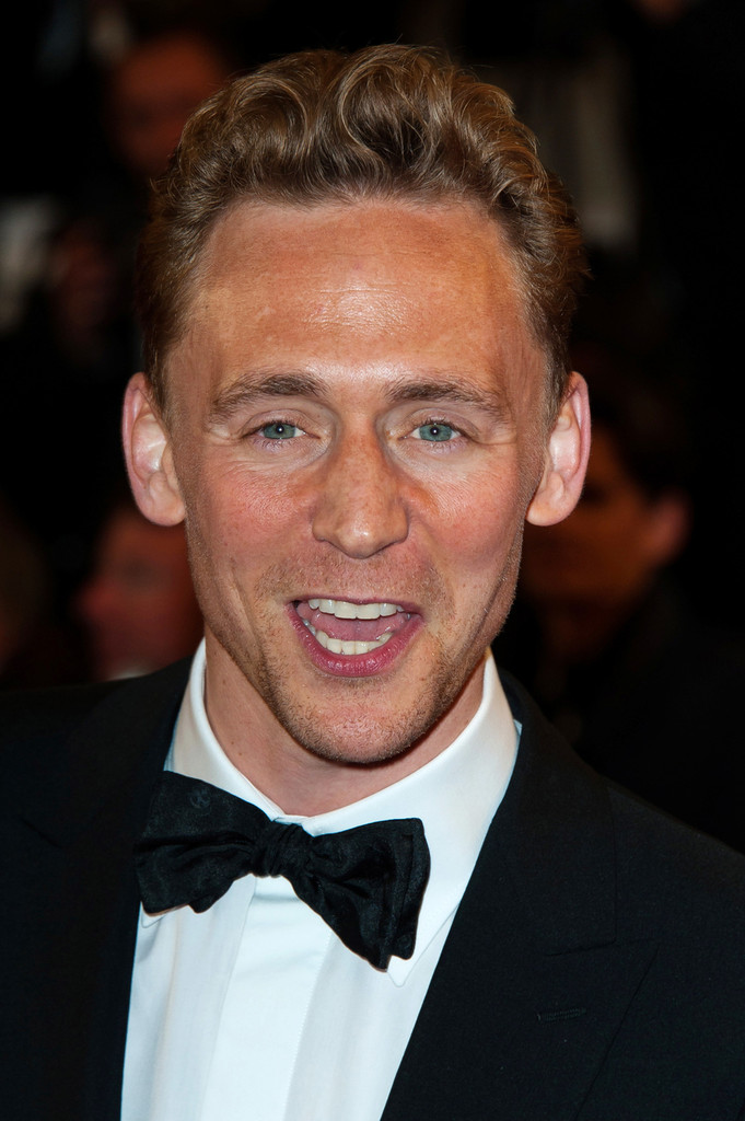 http://www3.pictures.zimbio.com/pc/Tom+Hiddleston+Only+Lovers+Left+Alive+Premieres+Dk3uPq-HbS1x.jpg