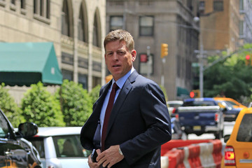Troy Aikman Troy Aikman Leaves His NYC Hotel