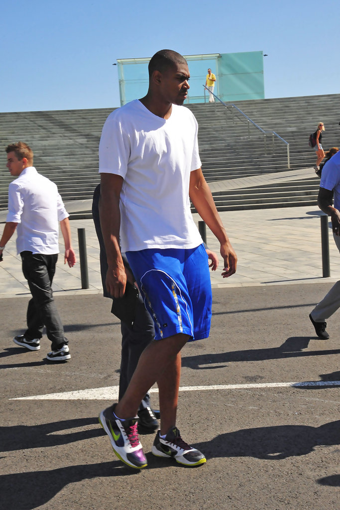 Andrew Bynum In LA Lakers At The House Of Hoops Event Zimbio