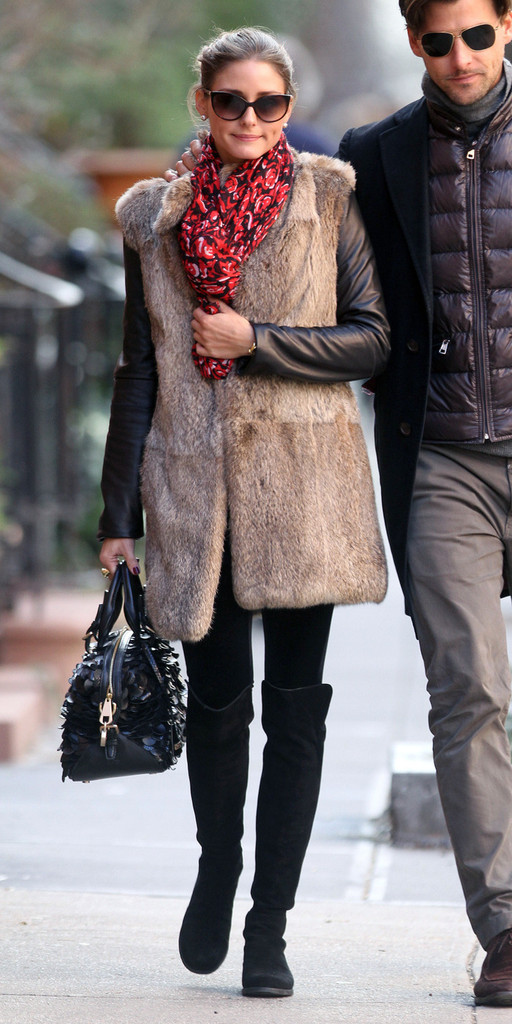A loved up Olivia Palermo and boyfriend Johannes Huebl are seen walking in the West Village after having lunch together.