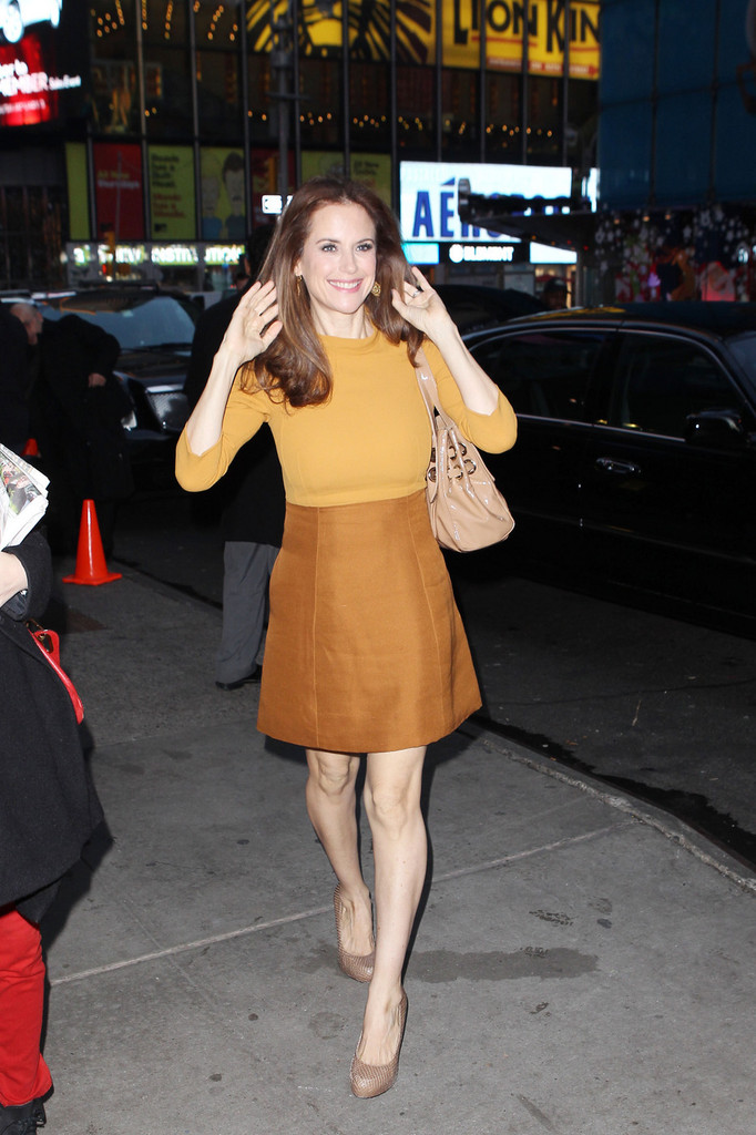 Good Morning America How Are You Chords : Kelly preston photos leaves good