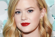 Ava Phillippe Medium Wavy Cut