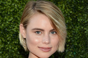 Lucy Fry Side Parted Straight Cut