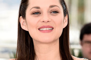 Marion Cotillard Medium Straight Cut