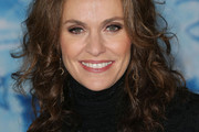Amy Brenneman Long Curls