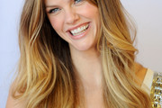 Brooklyn Decker Long Wavy Cut