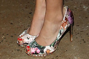 Carrie Underwood Peep Toe Pumps