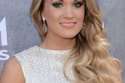 Carrie Underwood Side Sweep