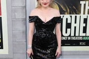 Elisabeth Moss Off-the-Shoulder Dress