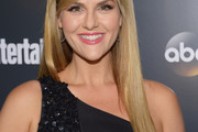 Sara Rue Long Straight Cut