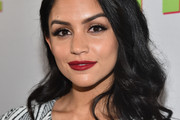 Bianca Santos Long Wavy Cut