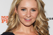 Beverley Mitchell Long Wavy Cut