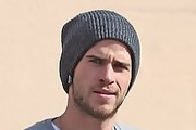 Liam Hemsworth Knit Beanie