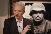 Julian Assange Men's Suit