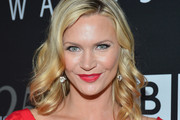 Natasha Henstridge Medium Curls