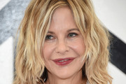 Meg Ryan Medium Wavy Cut
