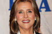 Meredith Vieira Medium Straight Cut