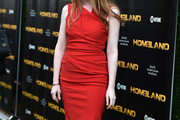 Miranda Otto Form-Fitting Dress