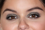 Ariel Winter Metallic Eyeshadow