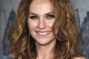 Amy Brenneman Medium Curls