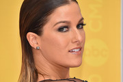 Cassadee Pope Medium Straight Cut