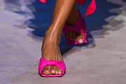 Joan Smalls Slide Sandals Are The Summer Footwear Trend We Can't Get Enough Of