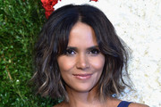 Halle Berry Short Wavy Cut