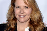Lea Thompson Long Curls with Bangs
