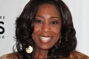Dawnn Lewis Medium Curls