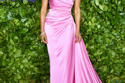 Regina King Form-Fitting Dress