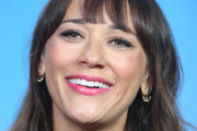 Rashida Jones Messy Cut