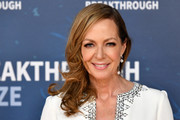 Allison Janney Side Sweep
