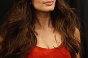 Alexa Ray Joel Long Wavy Cut